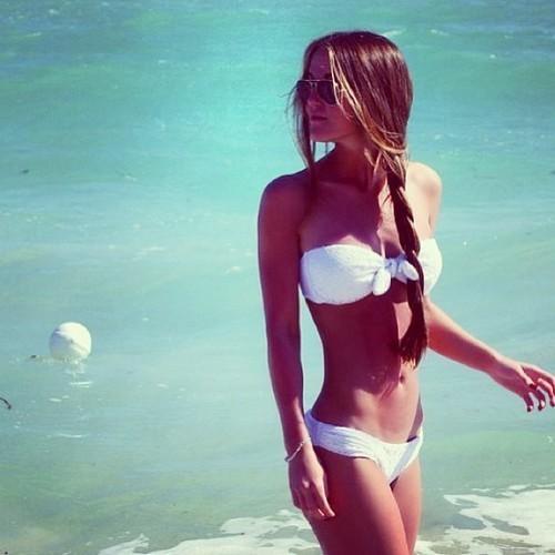 bikini-girl-hair-long-Favim.com-1707645