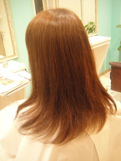 カラーリングで髪質改善!?!?